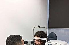 Laserová operace očí Relex Smile - kanadský hokejista Mathew Maio 4